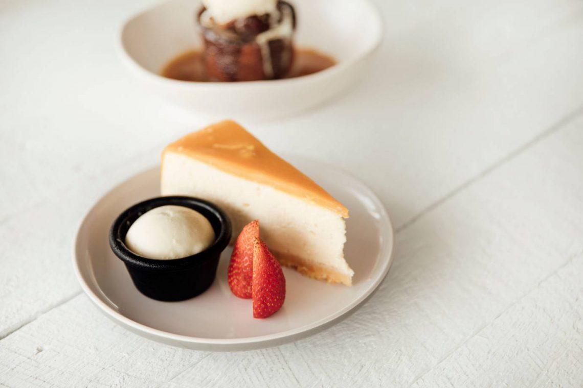 mooloolaba-surf-club-cheese-cake