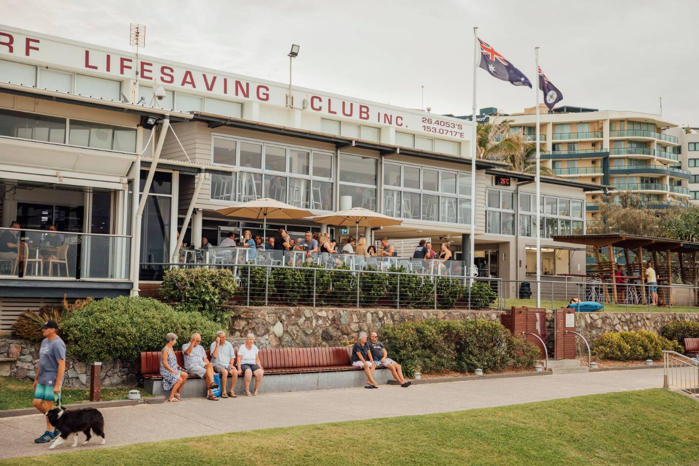mooloolaba-surf-club-exterior-of-club