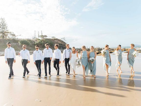 mooloolaba-surf-club-wedding-party-on-beach