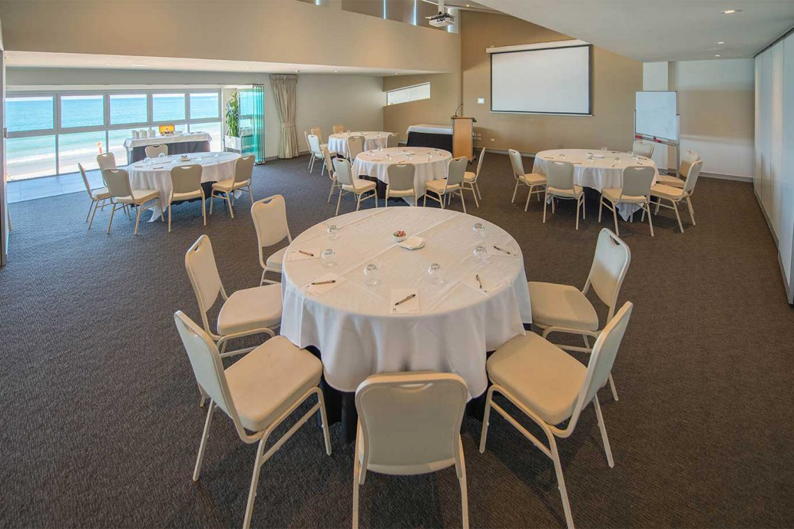 surf-club-mooloolaba-conference-function-room-seating-and-view