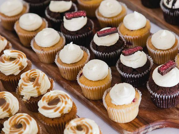 surf-club-mooloolaba-special-event-cup-cakes